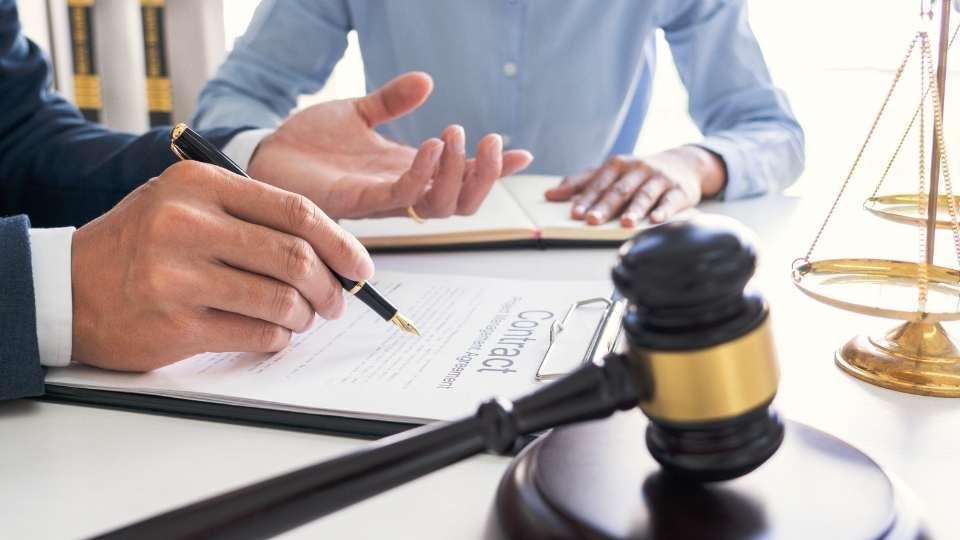 Transcripció de gravacions per judicis